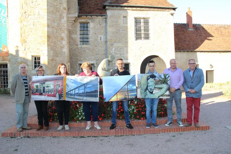 Mairie de saint amand montrond concours photos for Piscine saint amand